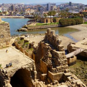 Beiteddine + Deir El Kamar  + Sidon