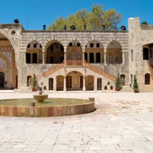 Beiteddine + Deir El Kamar